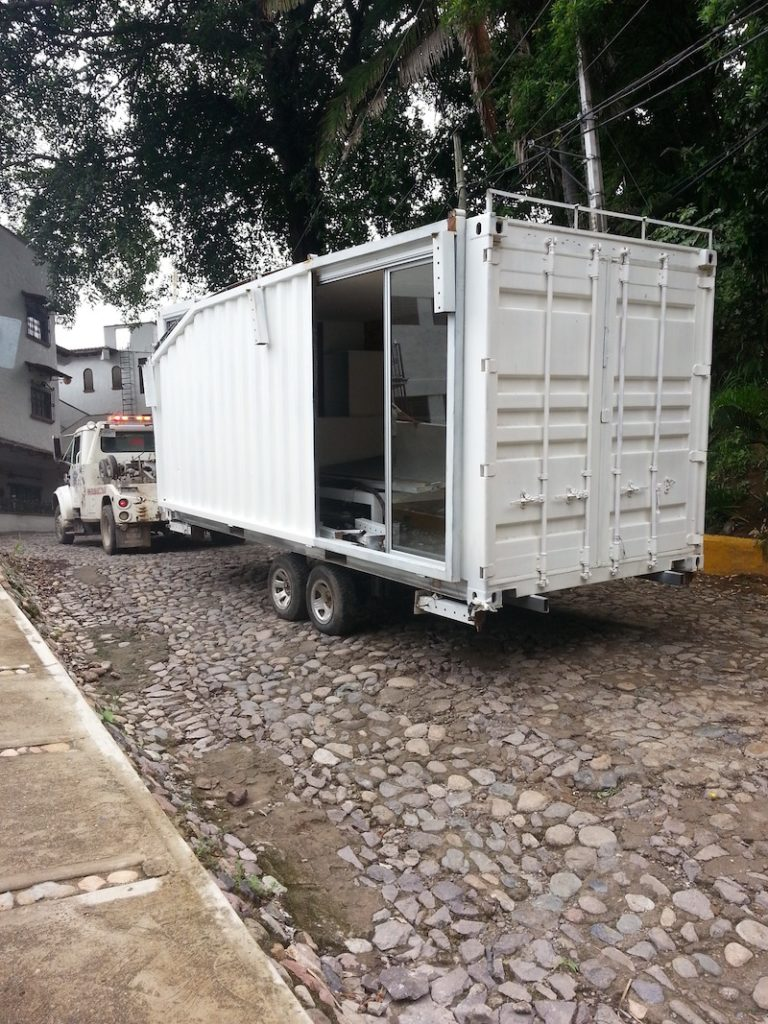 Max Living & Design-Puerto Vallarta-Container